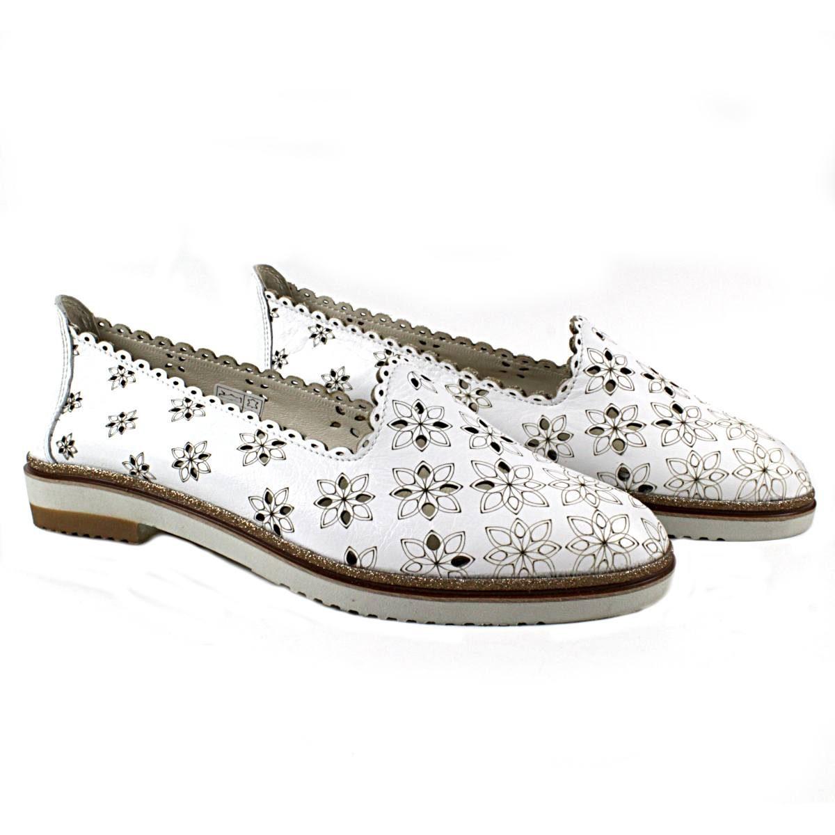 Бели Летни Дамски Обувки Естествена Кожа на Цветя Двете