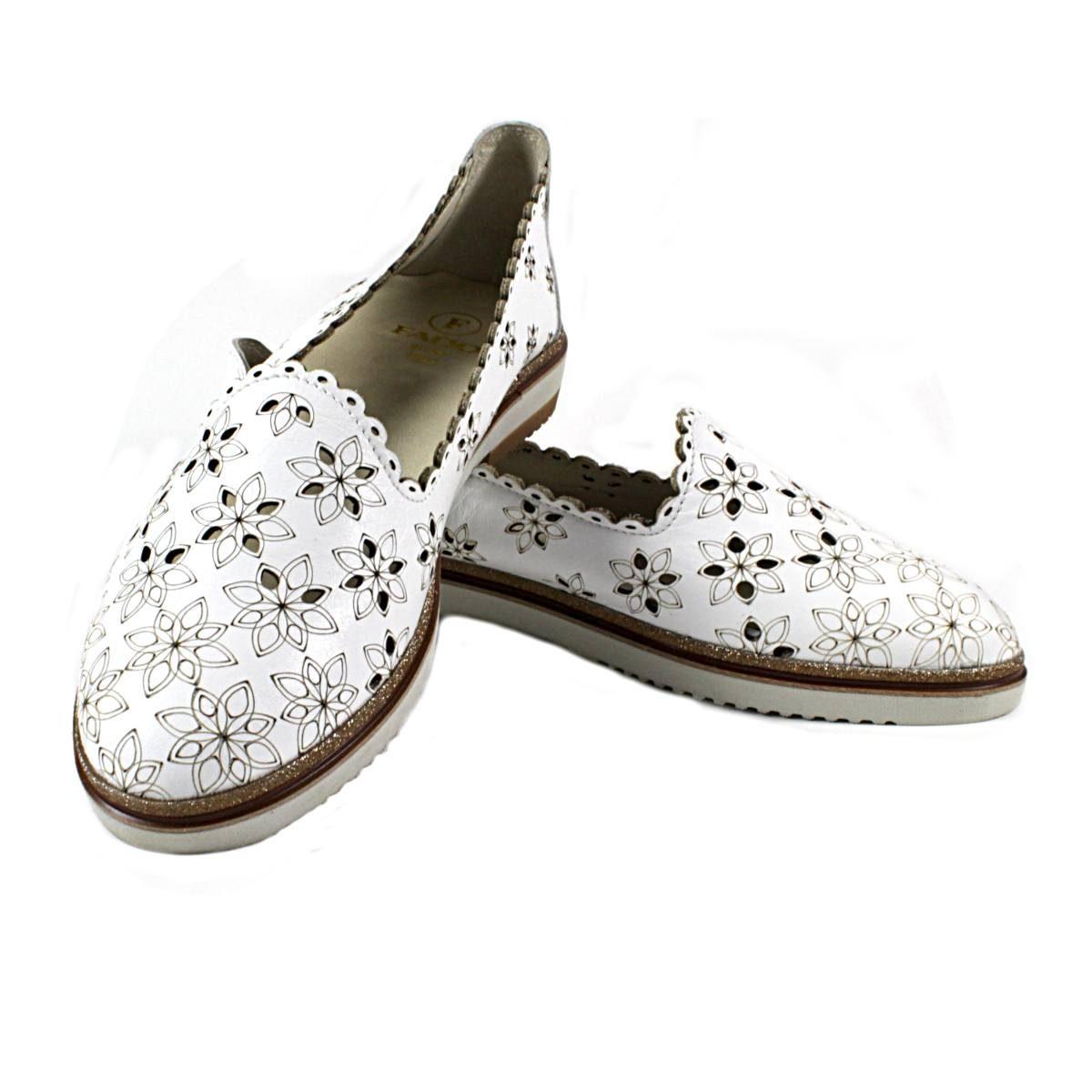 Бели Летни Дамски Обувки Естествена Кожа на Цветя