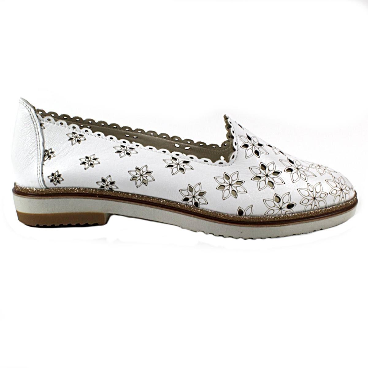Бели Летни Дамски Обувки Естествена Кожа на Цветя Една