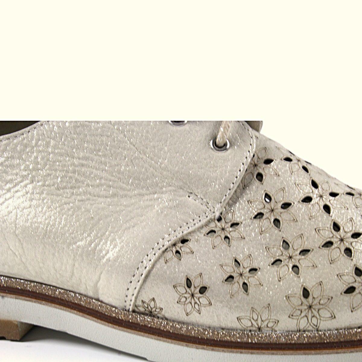 Дамски Обувки Естествена Кожа Със Златист Ефект Отблизо