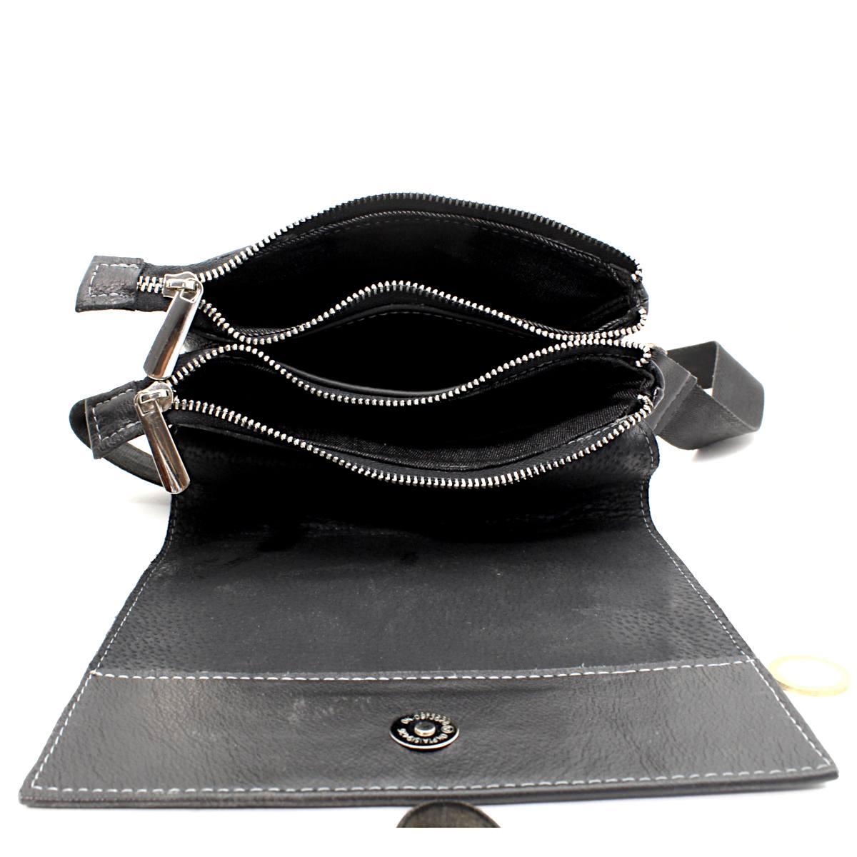 Черна мъжка чанта през рамо естествена кожа 8799 отворена