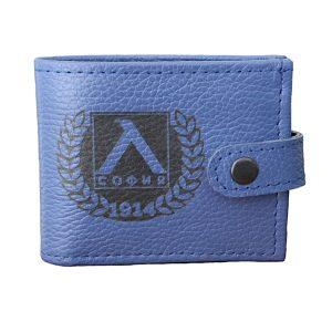 ръчно изработен син портфейл с логото на Левски