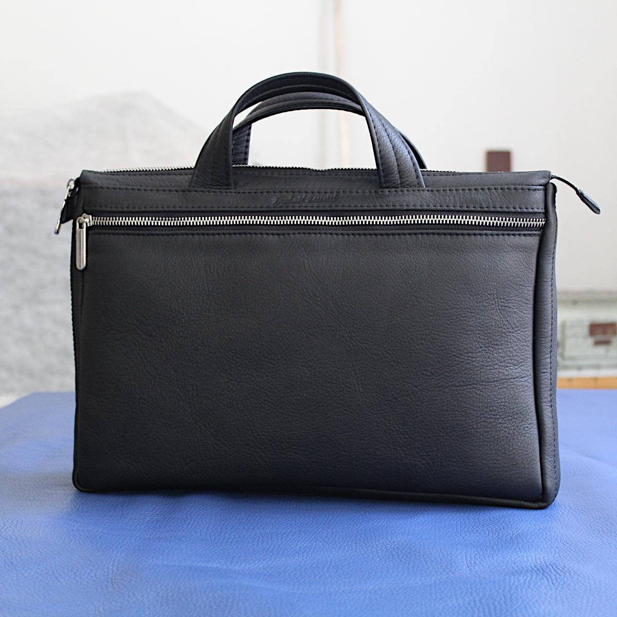 ръчно изработена черна мъжка бизнес чанта от естествена кожа отпред