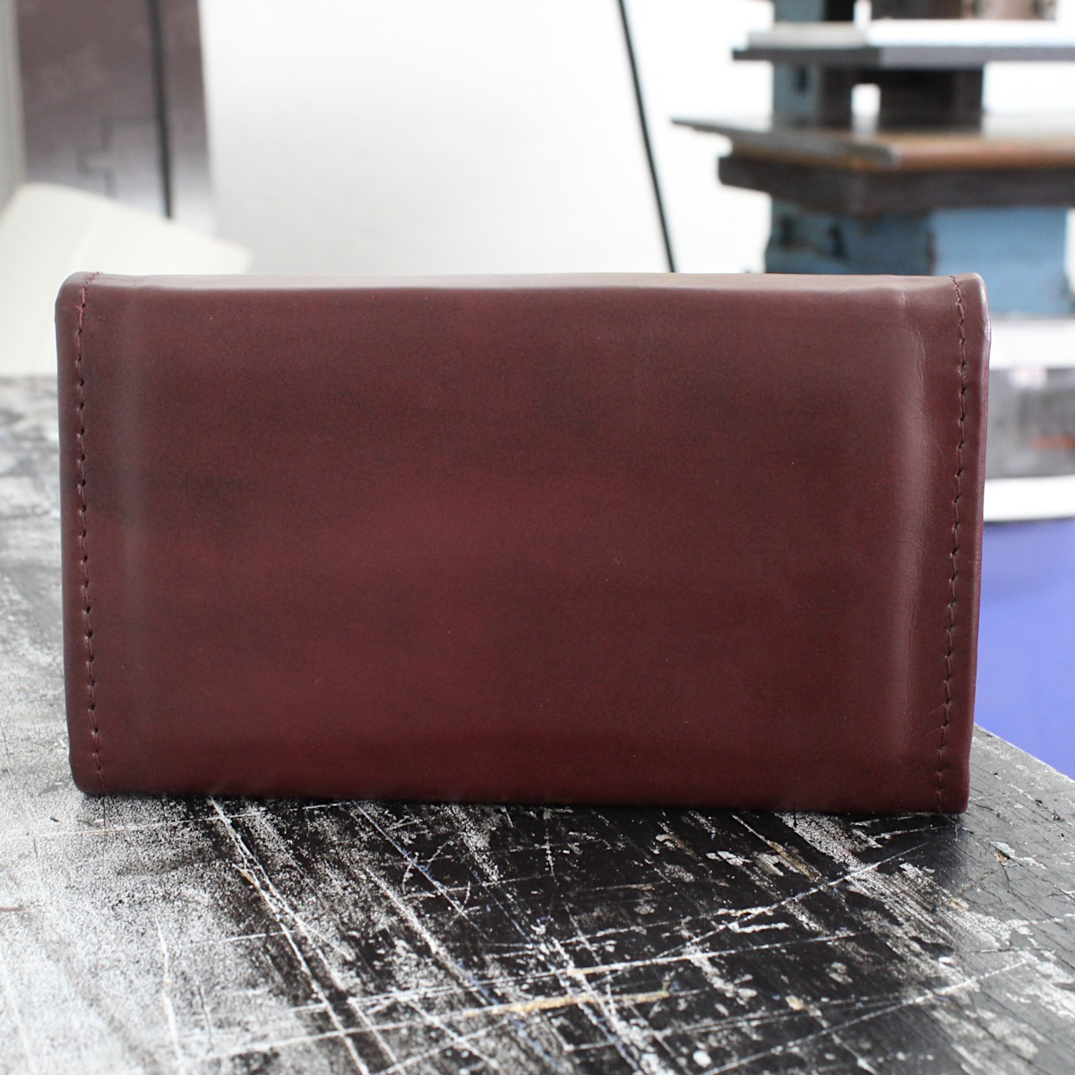 Ръчно изработено дамско портмоне бордо 1699 отзад
