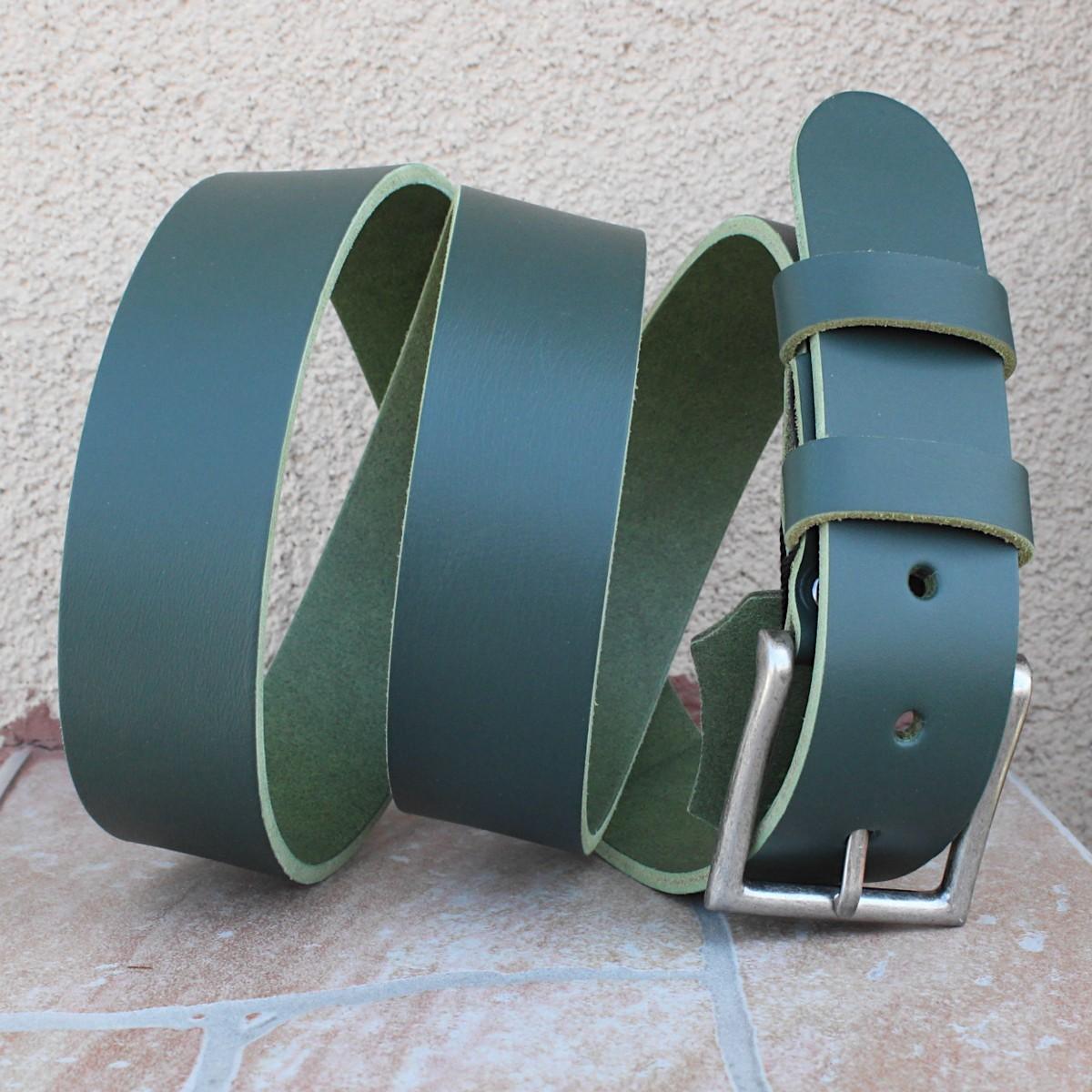 зелен мъжки колан естествена кожа - отблизо