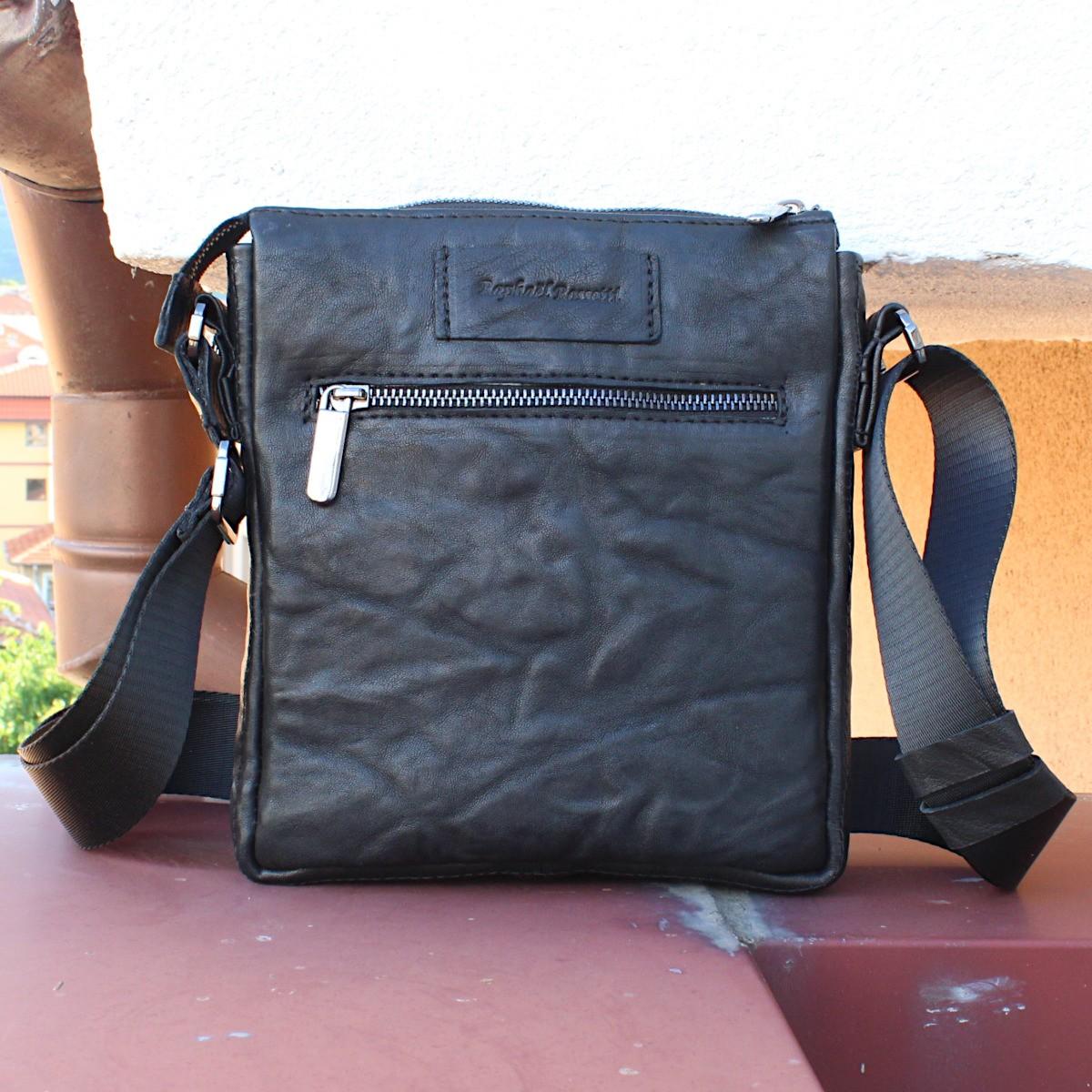 оригинална мъжка кожена чанта черна - отзад