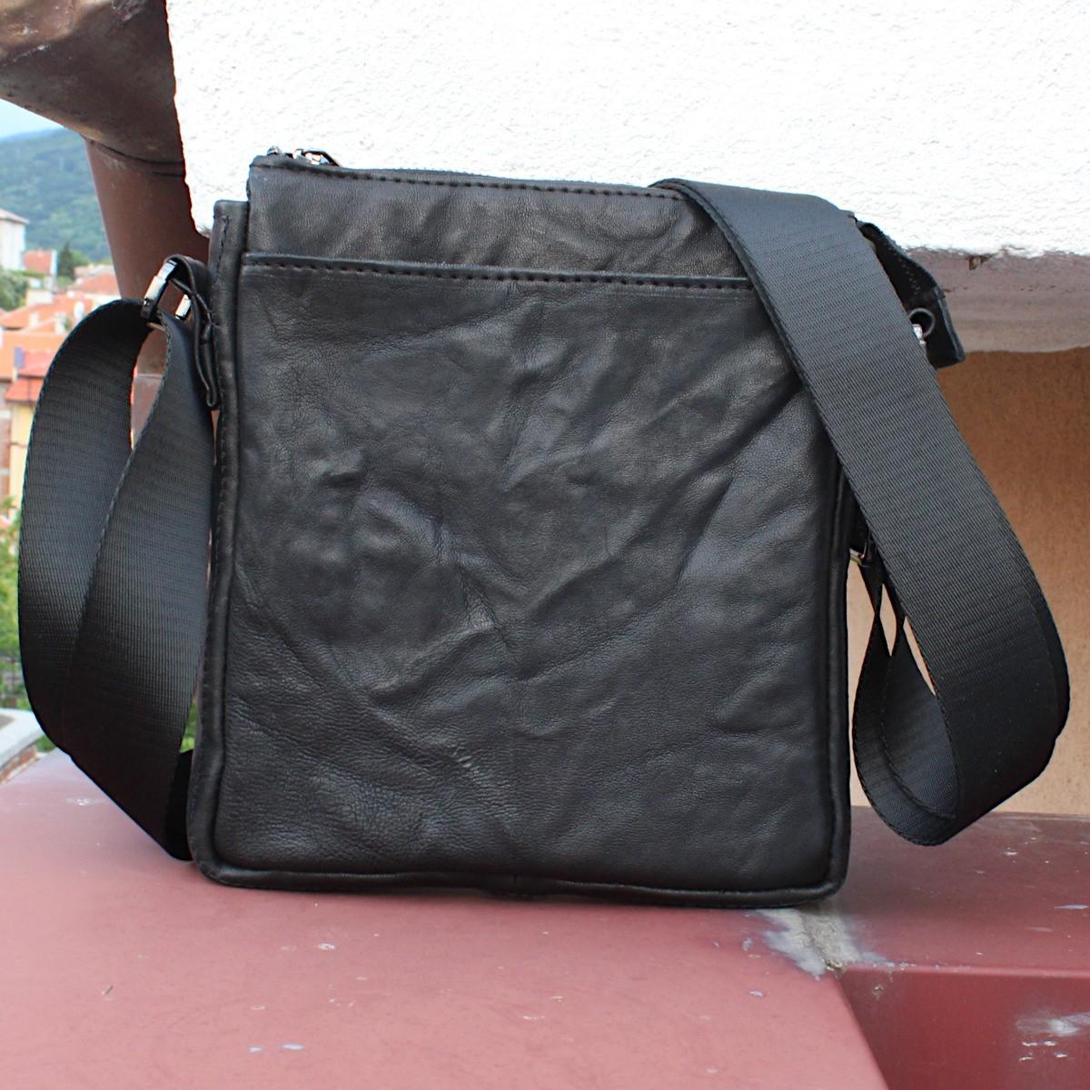 оригинална мъжка кожена чанта черна - отпред