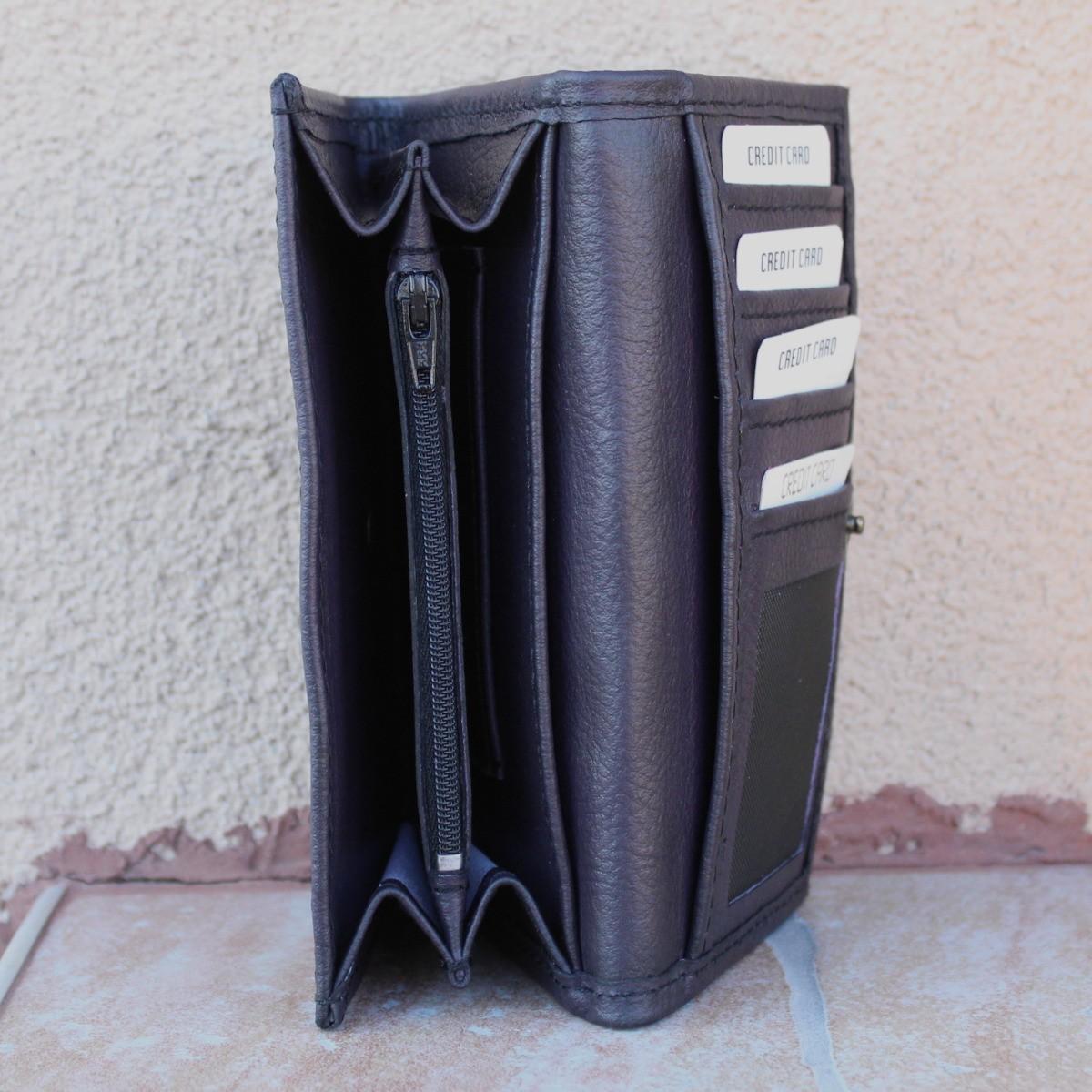 лилаво дамско портмоне естествена кожа - централно отделение
