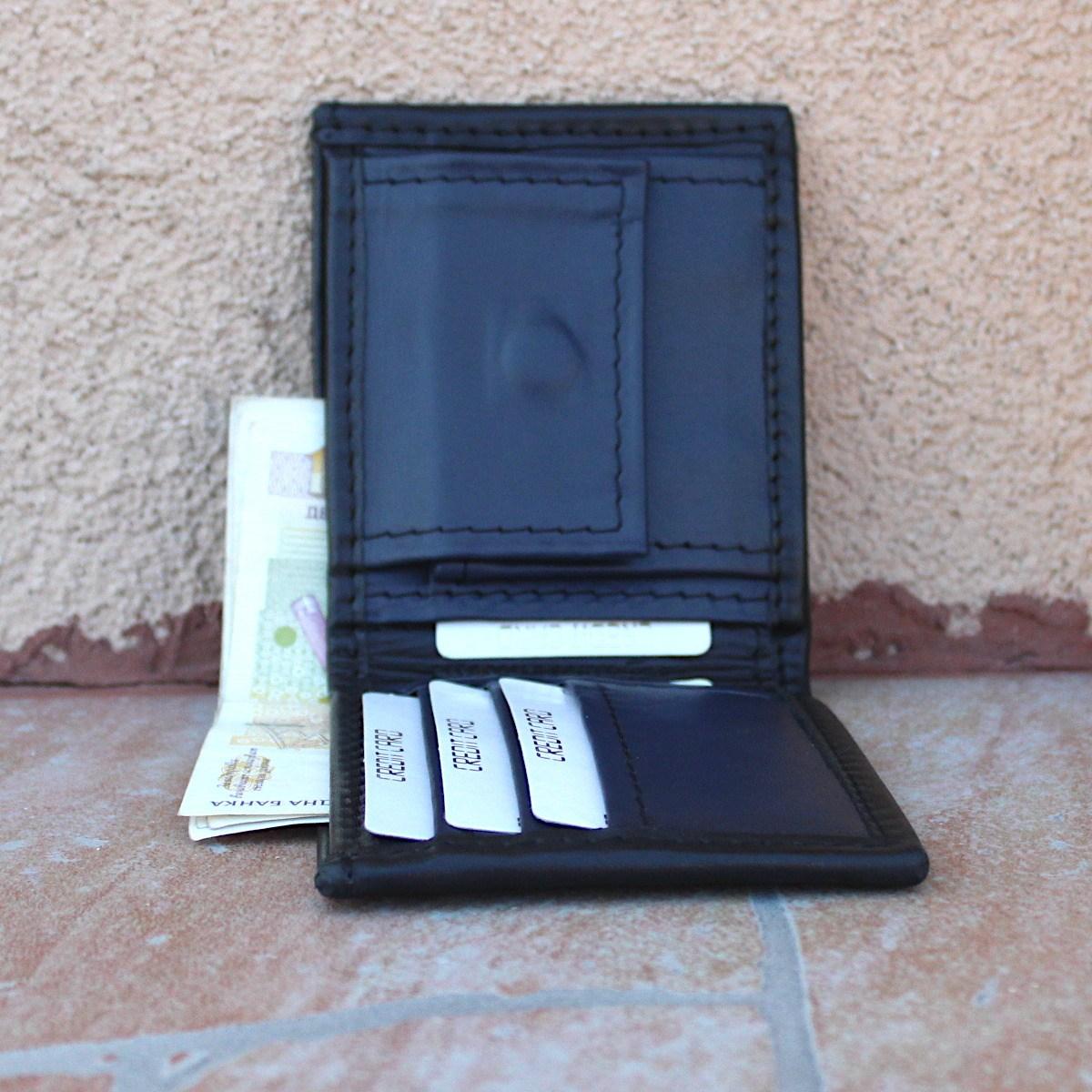 мъжки кожен портфейл черно/тъмно синьо - карти