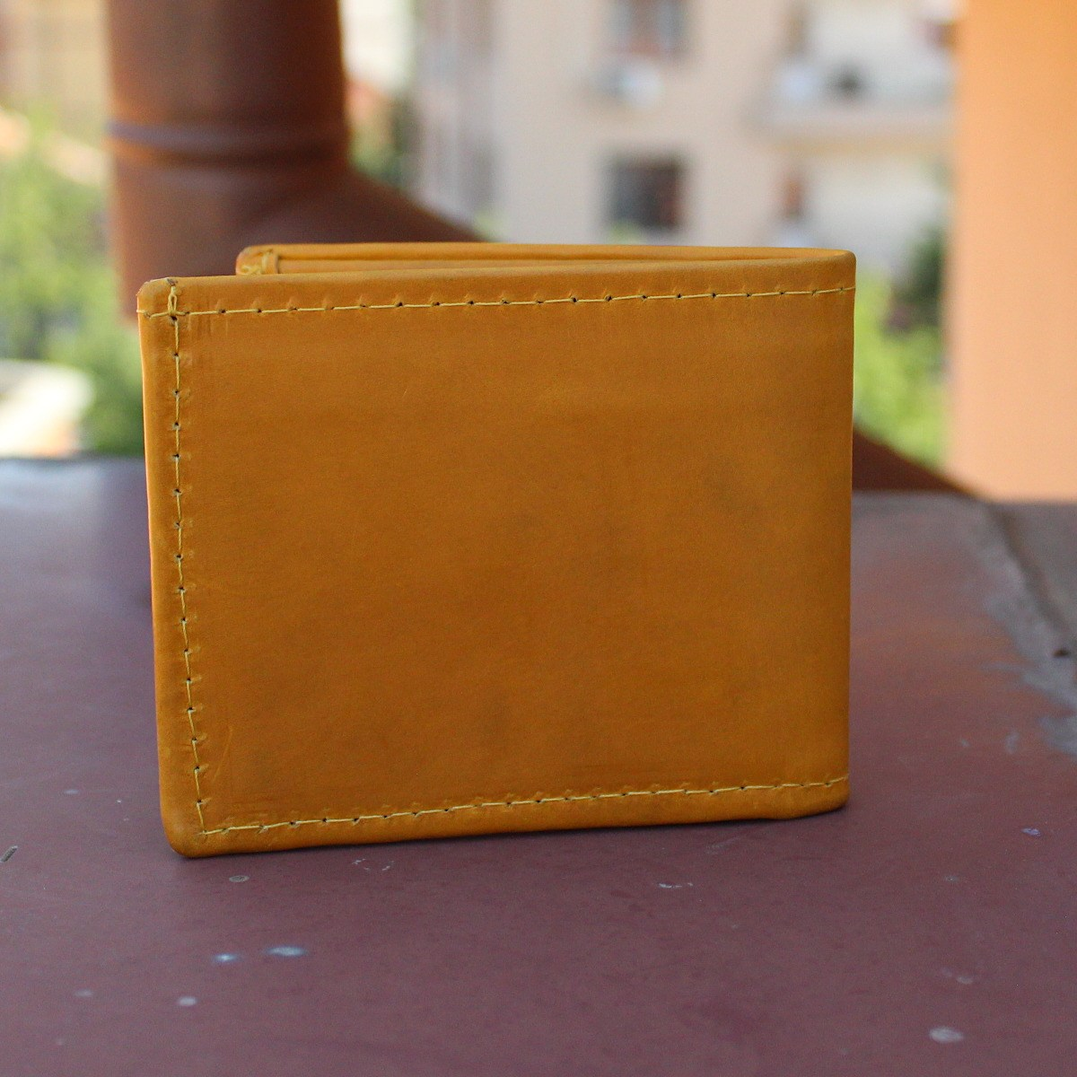 мъжки портфейл естествена кожа жълт - отзад